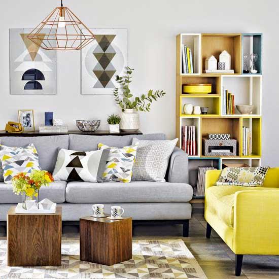 açık gri ve sarı ev dekorasyon örneği