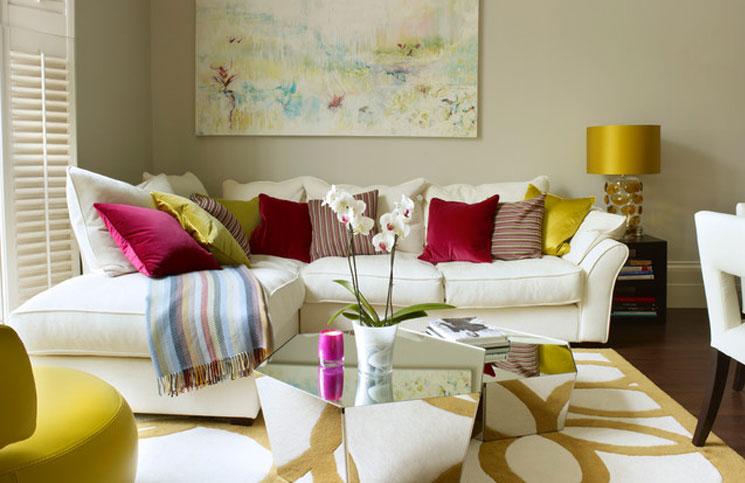 Renkli bir salon