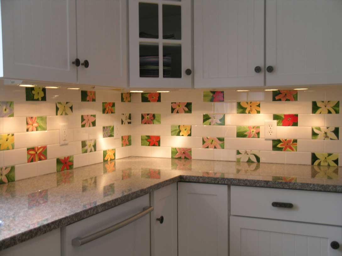 Кухни выложенные плиткой фото