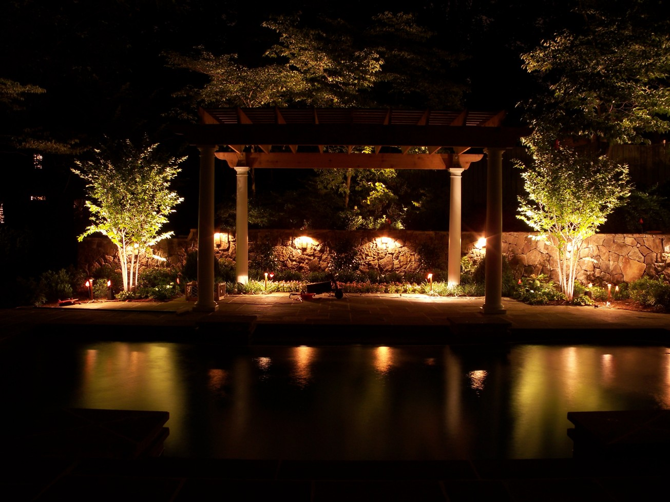 classic-outdoor-pool-area-ideas-with-patio-lighting-ideas-with-led-lamps-decoration
