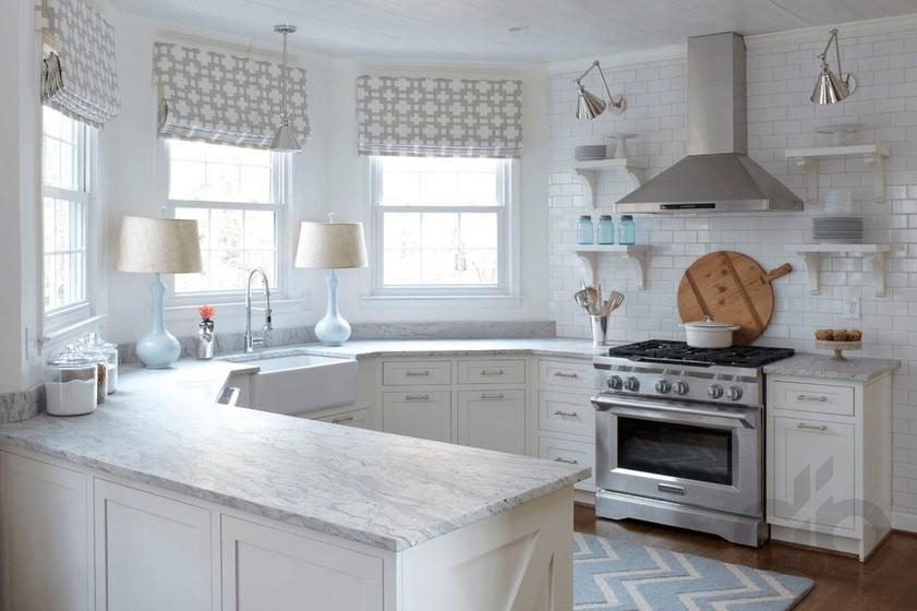 country-tarzi-zarif-beyaz-mutfak-dekorasyonu