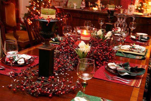 yilbasi-yemek-masalari-dekorasyon-fikirleri-4