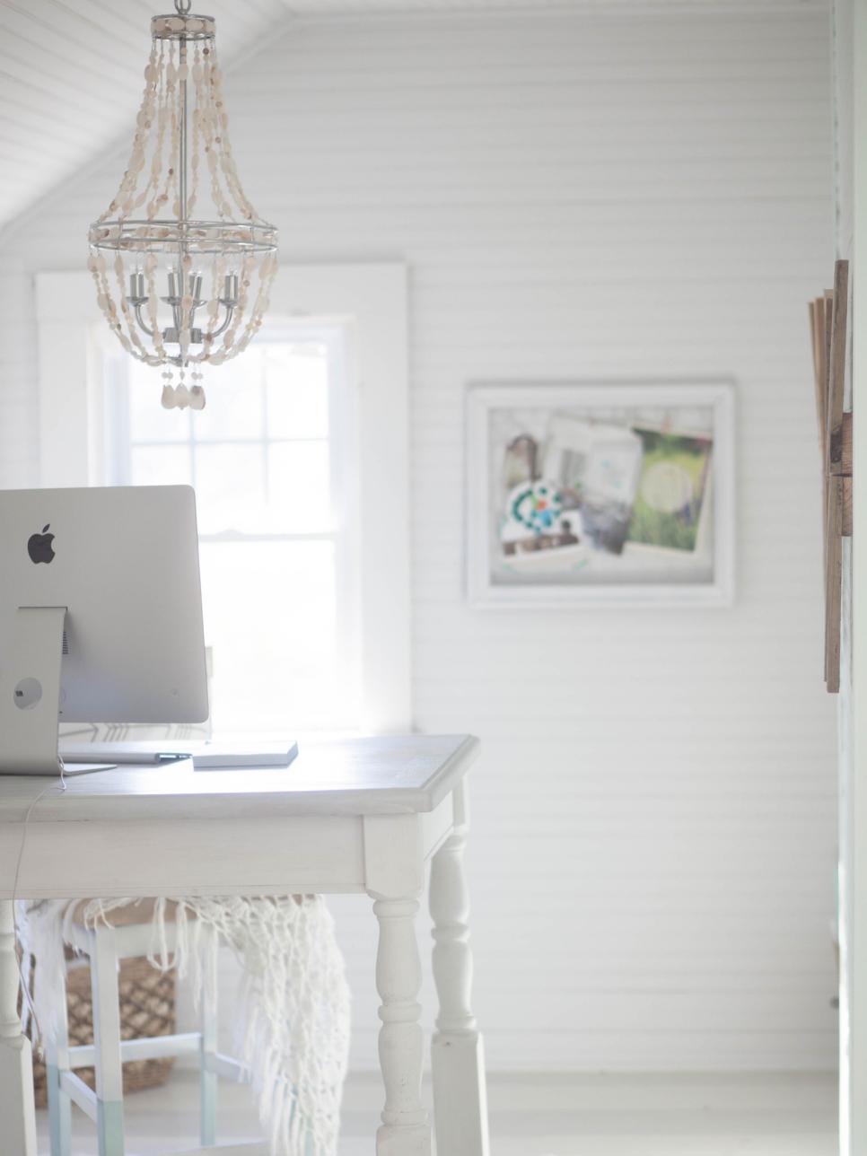 beyaz-home-ofis-dekorasyonu