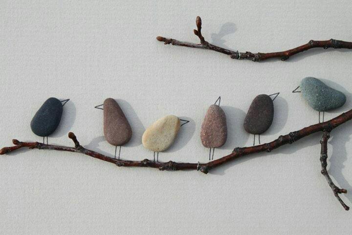 taşlardan yapılan dekoratif desenler