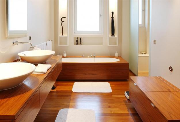 Banyo dekorasyonunda ahşap kullanımı
