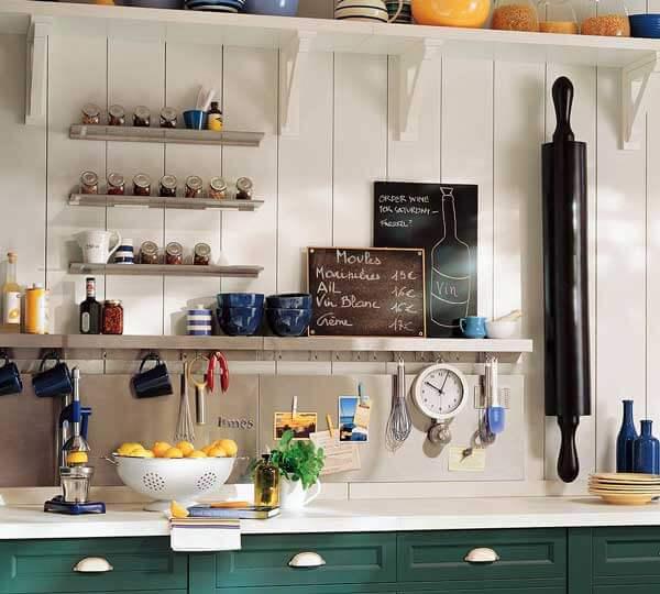 Modern kucuk-mutfak-pratik-esya-yerlesimleri küçük mutfaklar için eşya seçimi