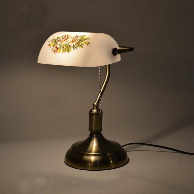 klasik antika masa lambası