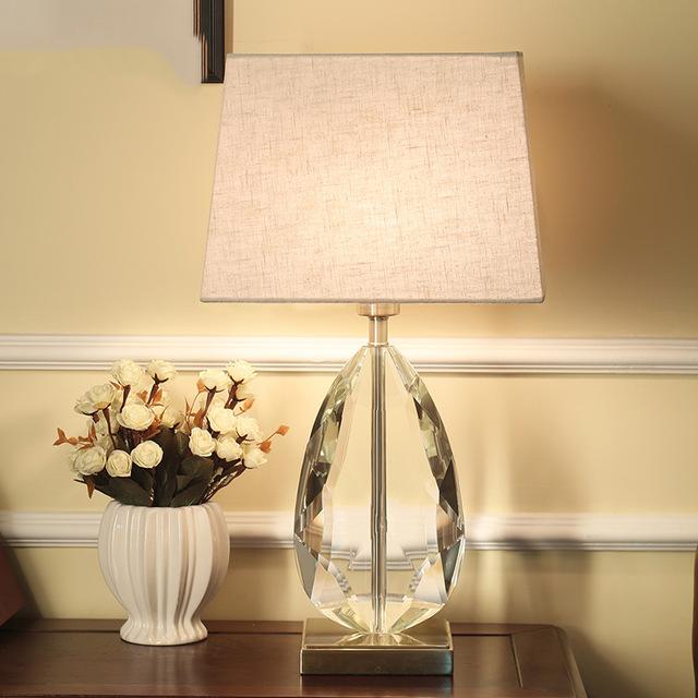 modern tarzı lamba yatak odası baş ucu masa lambaları