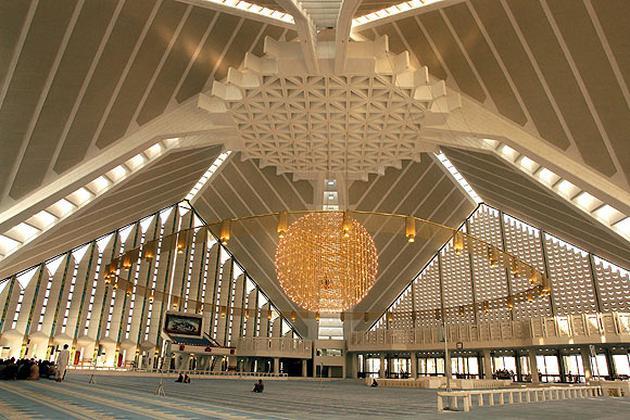 faysal camii içi